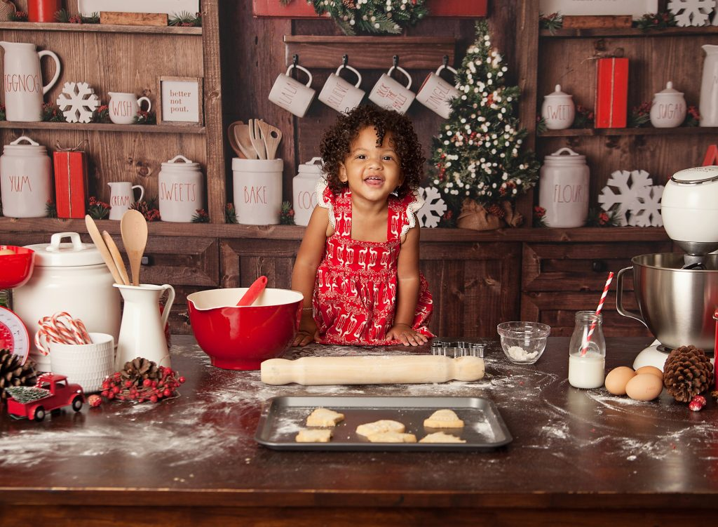 christmas baking photo with kids